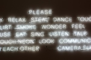 neon_lights_cross_out_message_wall_white-664350