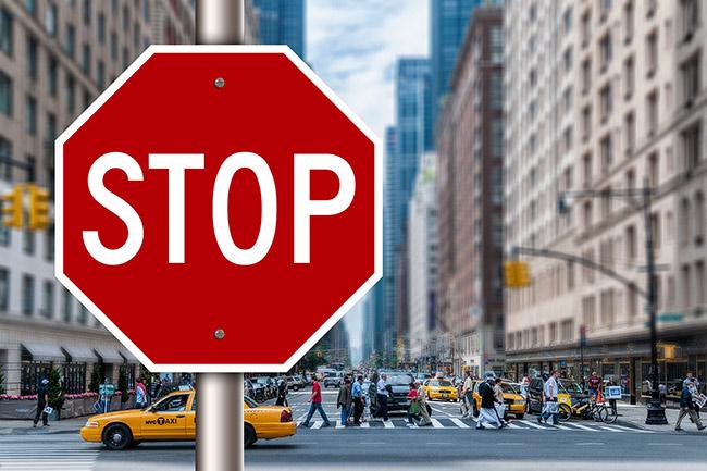 stop-2308938_650