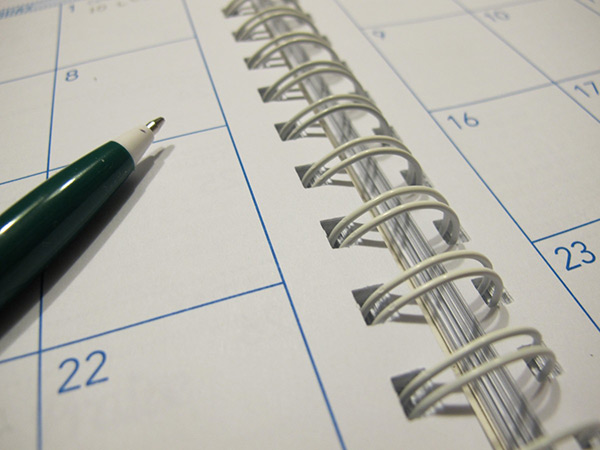 paper_calendar_planner_pen_schedule_organizer-913018-600px