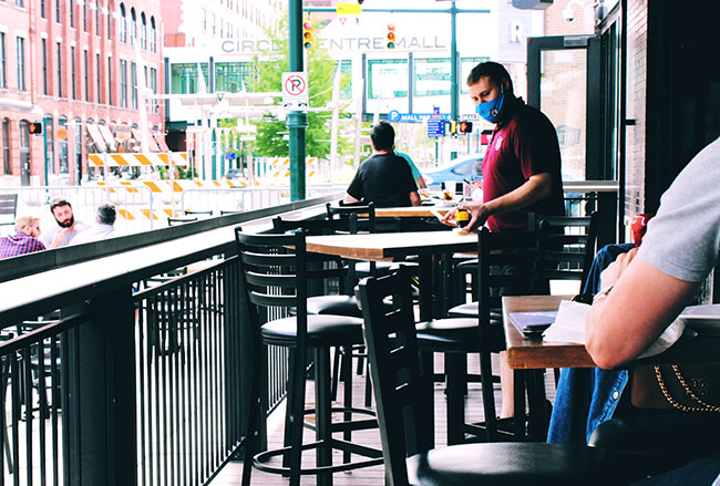 How Restaurant Marketers Can Cope Amid COVID Instability