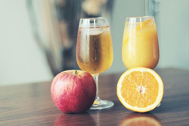 Online Sales Platforms Position Apples vs. Oranges with Price Decoys